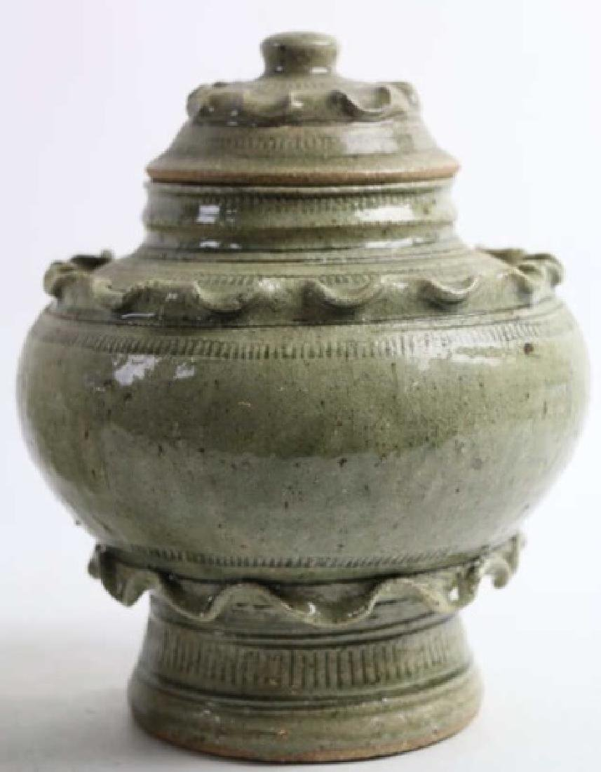 ASIAN CERAMIC POTTERY VESSEL