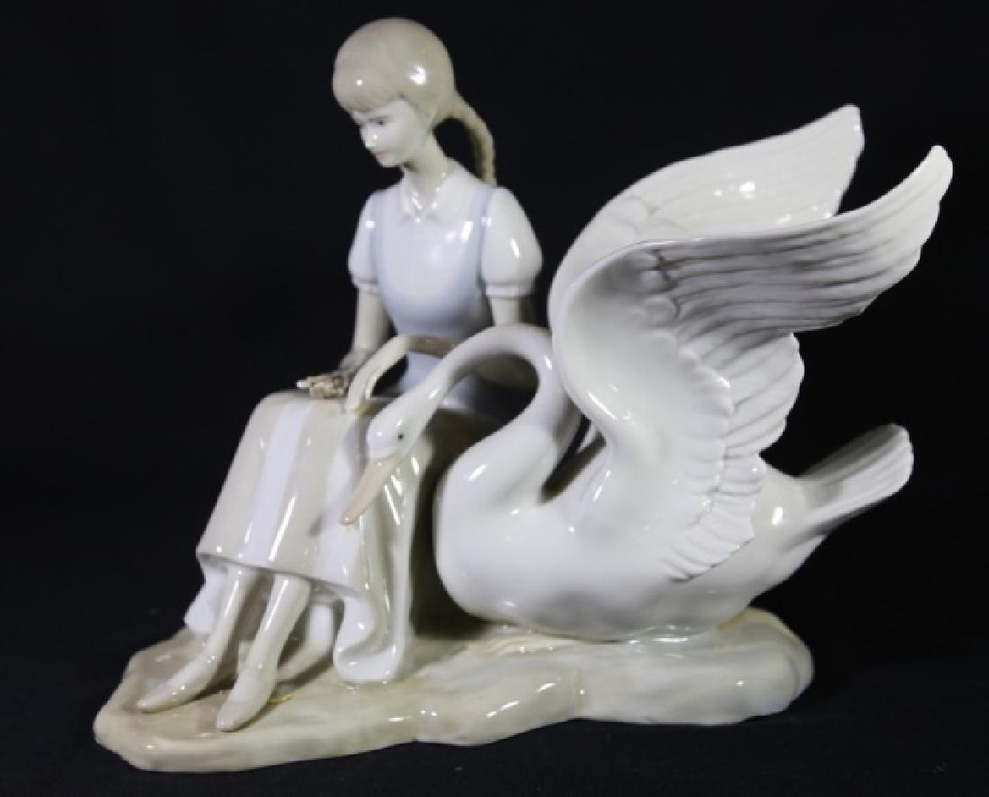 LLADRO STYLE PORCELAIN OF GIRL FEEDING SWAN