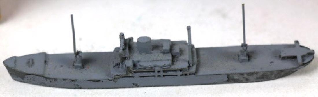 VINTAGE MODEL WARSHPS MODELS - 2