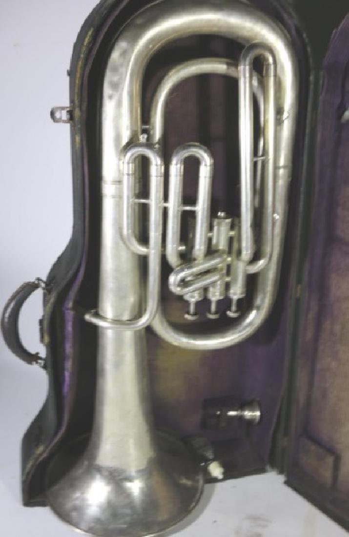 AMERICAN STANDARD ANTIQUE SILVER BARITONE IN CASE - 3