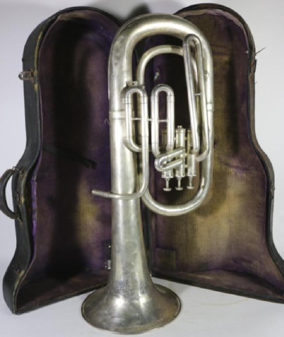 AMERICAN STANDARD ANTIQUE SILVER BARITONE IN CASE - 4