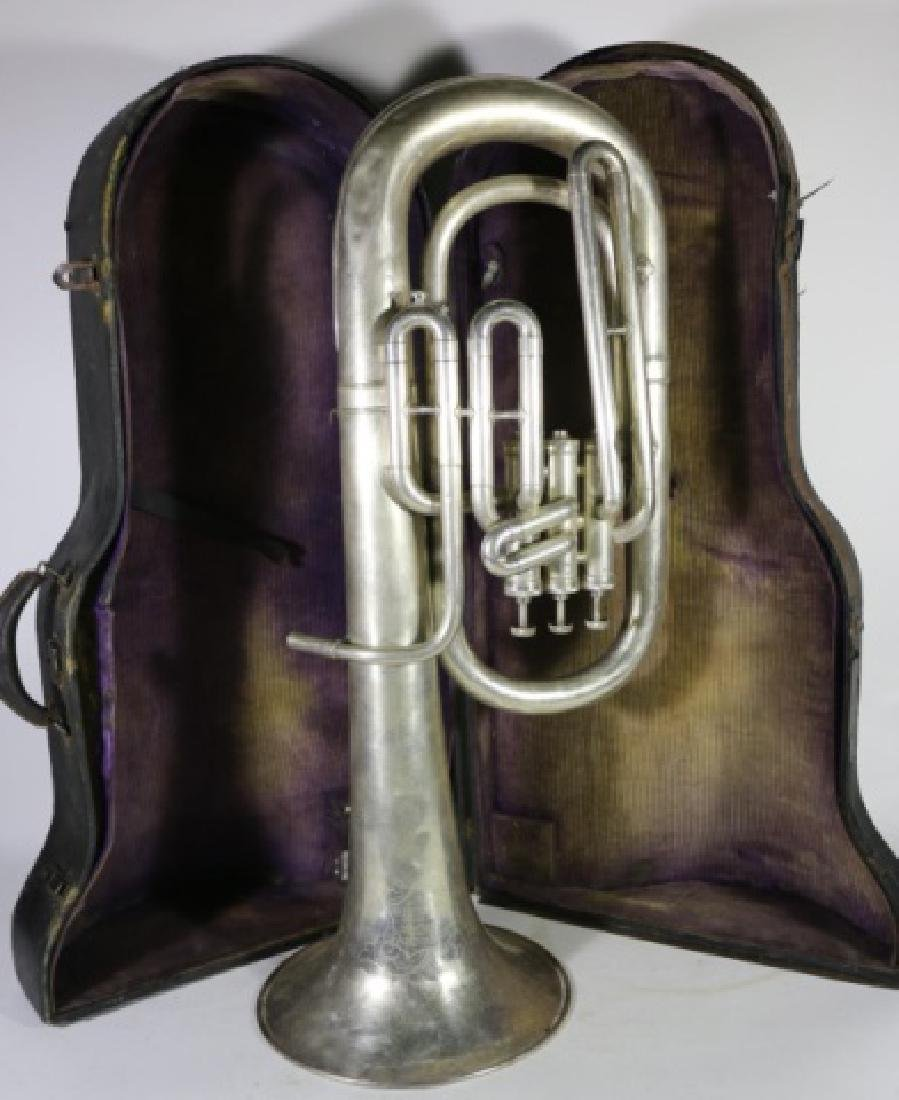 AMERICAN STANDARD ANTIQUE SILVER BARITONE IN CASE - 5