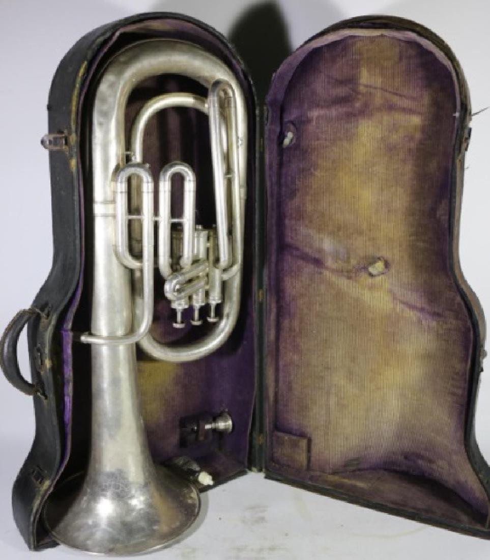 AMERICAN STANDARD ANTIQUE SILVER BARITONE IN CASE - 9