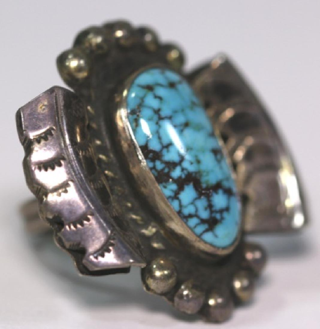 NATIVE AMERICAN STERLING SLIVER & TURQUOISE RING - 2