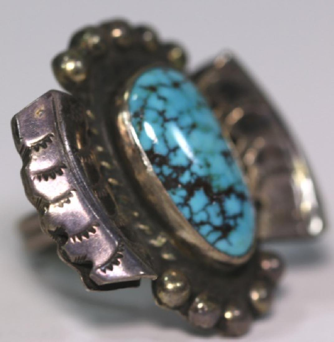 NATIVE AMERICAN STERLING SLIVER & TURQUOISE RING - 3