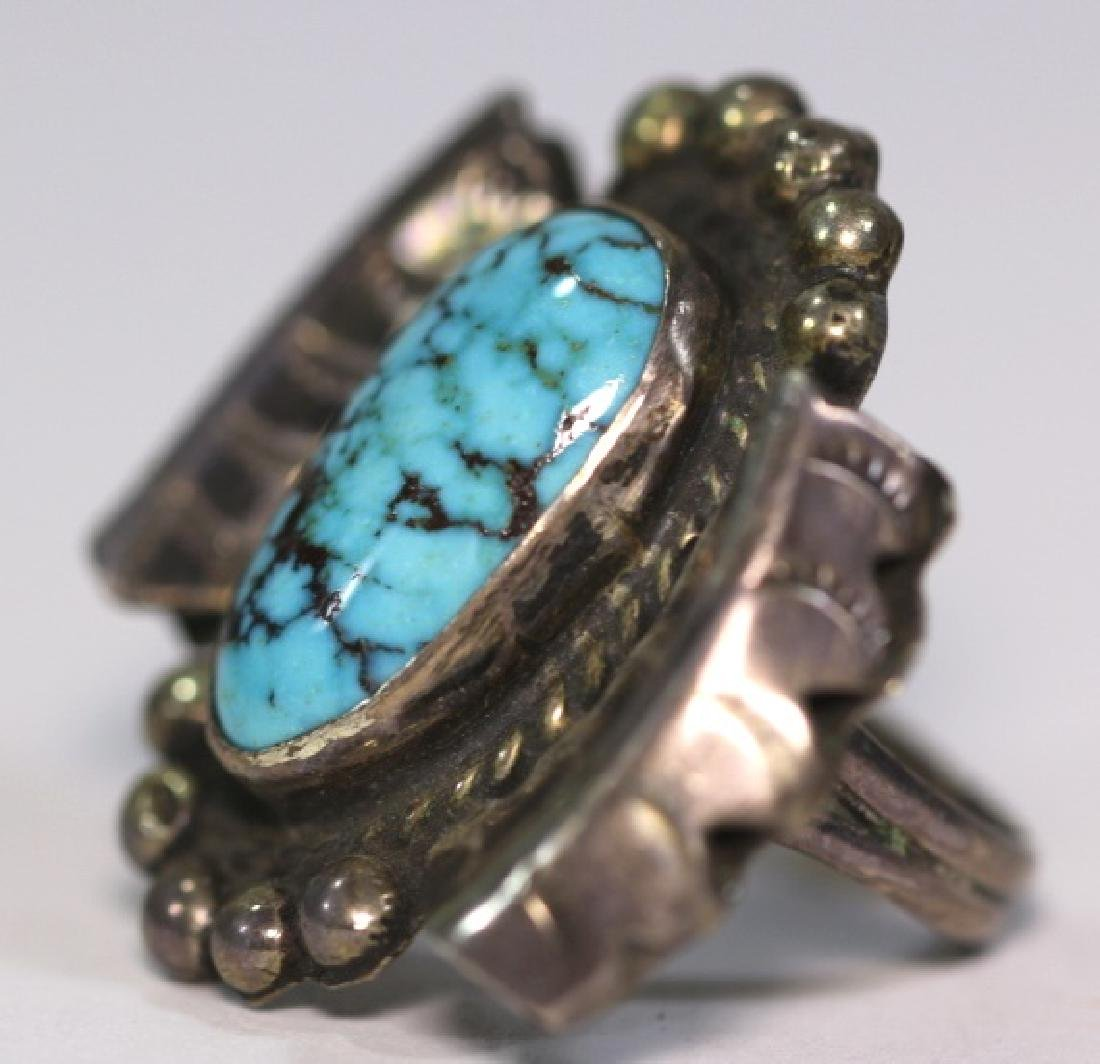 NATIVE AMERICAN STERLING SLIVER & TURQUOISE RING - 4