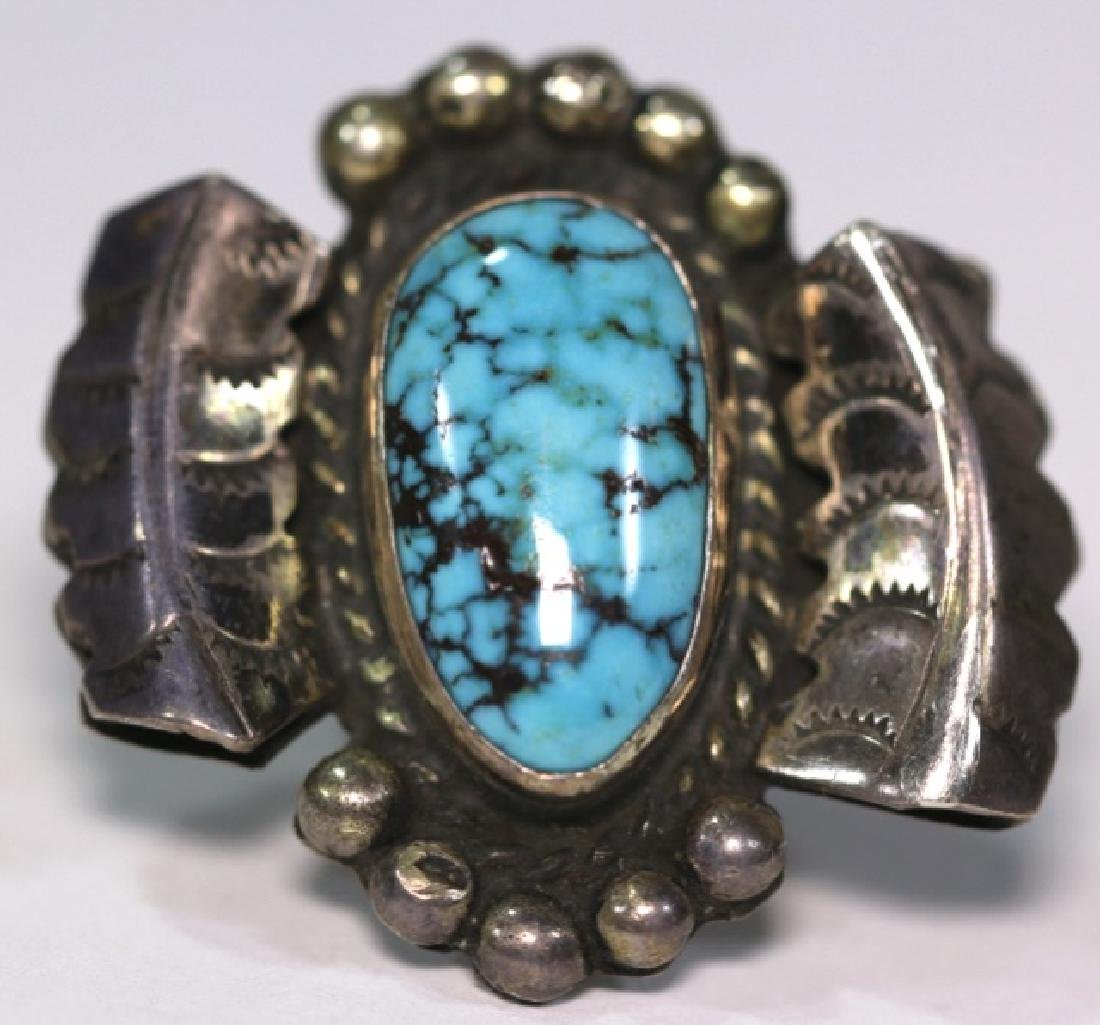 NATIVE AMERICAN STERLING SLIVER & TURQUOISE RING - 6