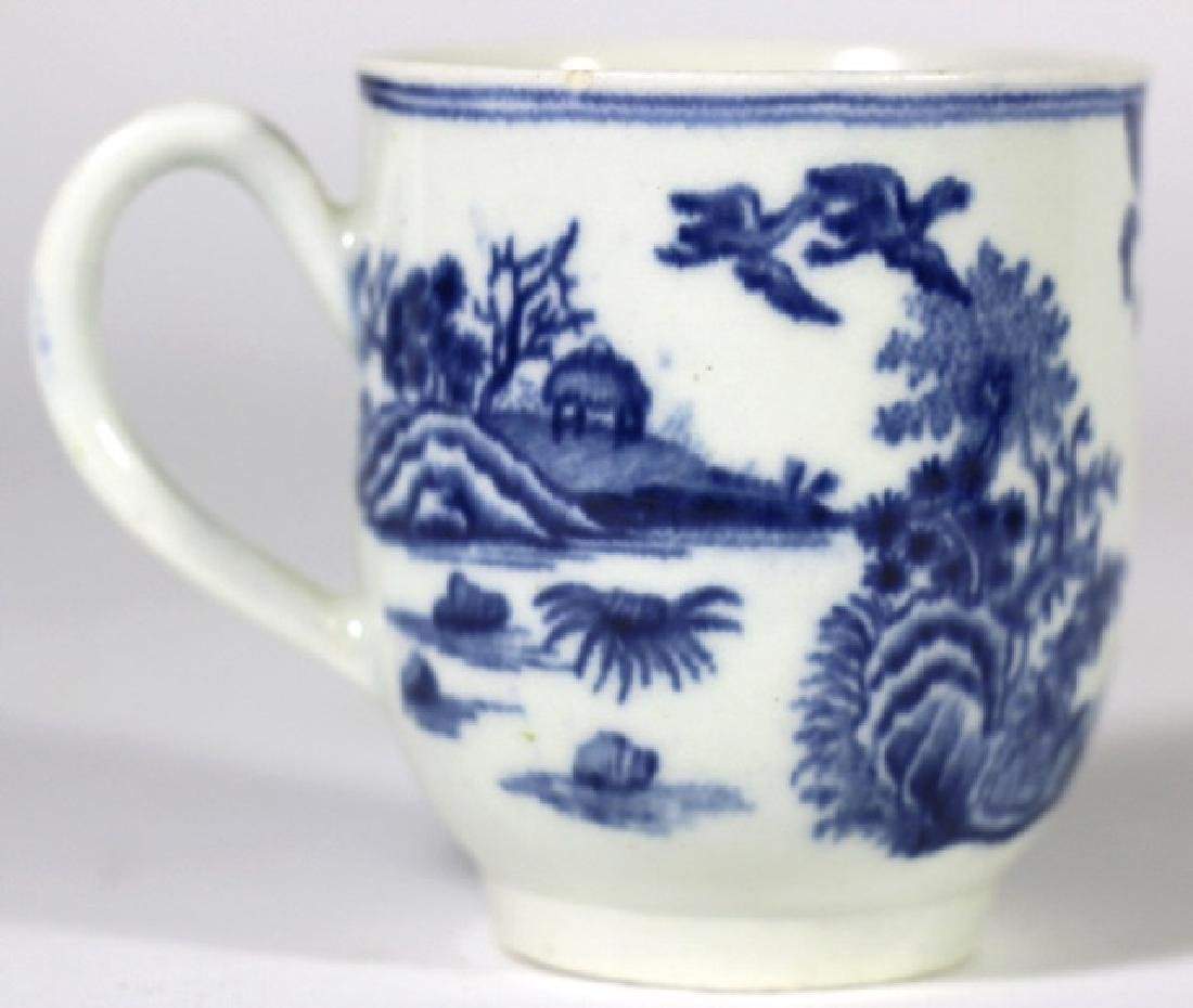 CHINESE 19TH C. EXPORT TEA CUP - 2