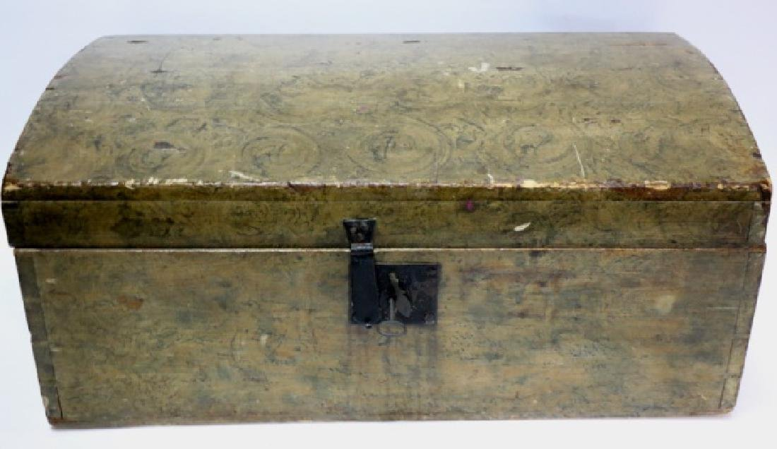 AMERCIAN ANTIQUE GRAIN PAINTED DOME TOP TRUNK