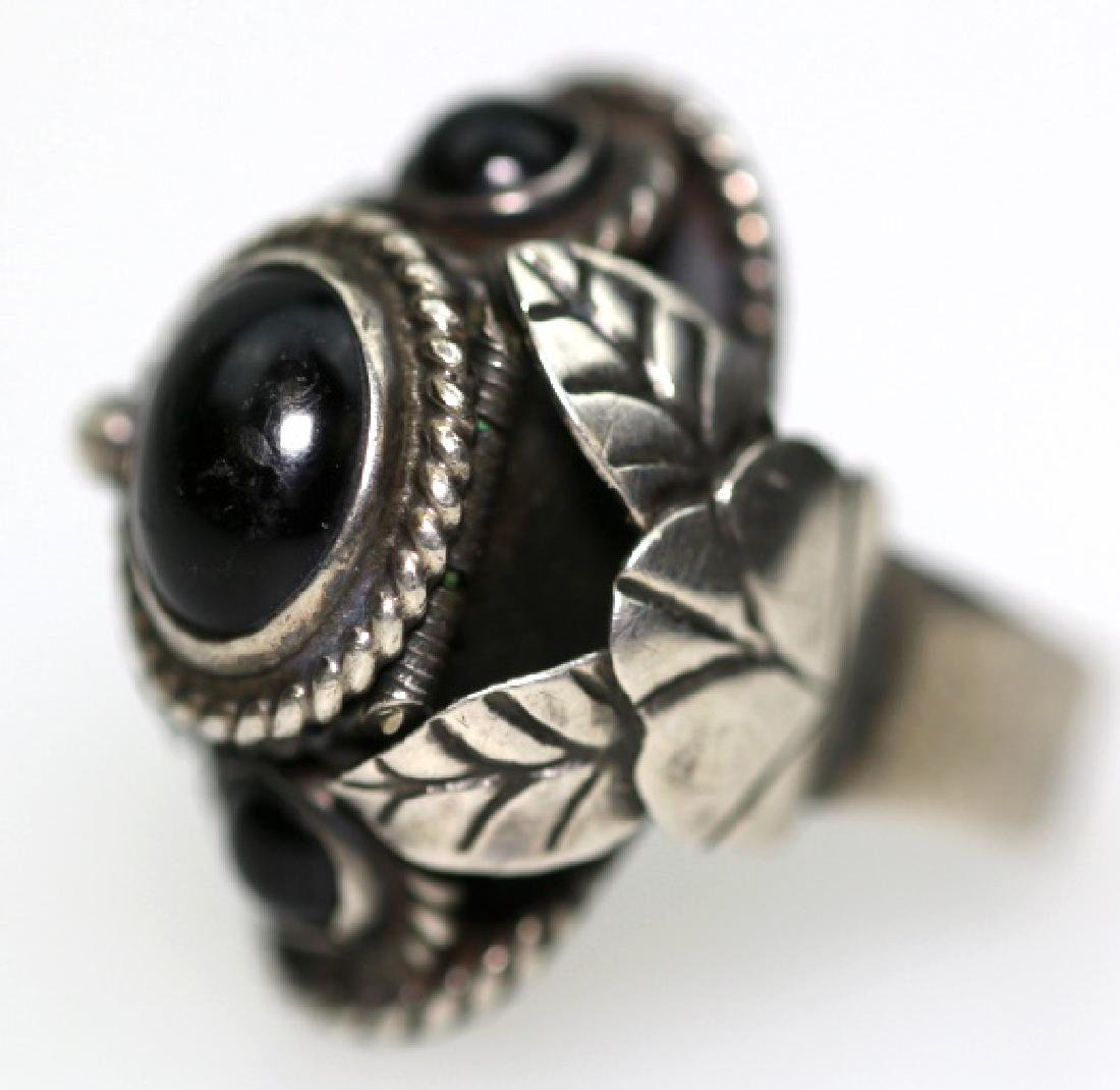 STERLING SILVER / ONYX CUSTOM RING