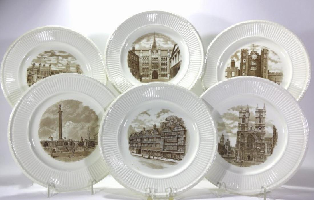 """WEDGWOOD """"VIEWS OF OLD LONDON"""" CABINET PLATES"""