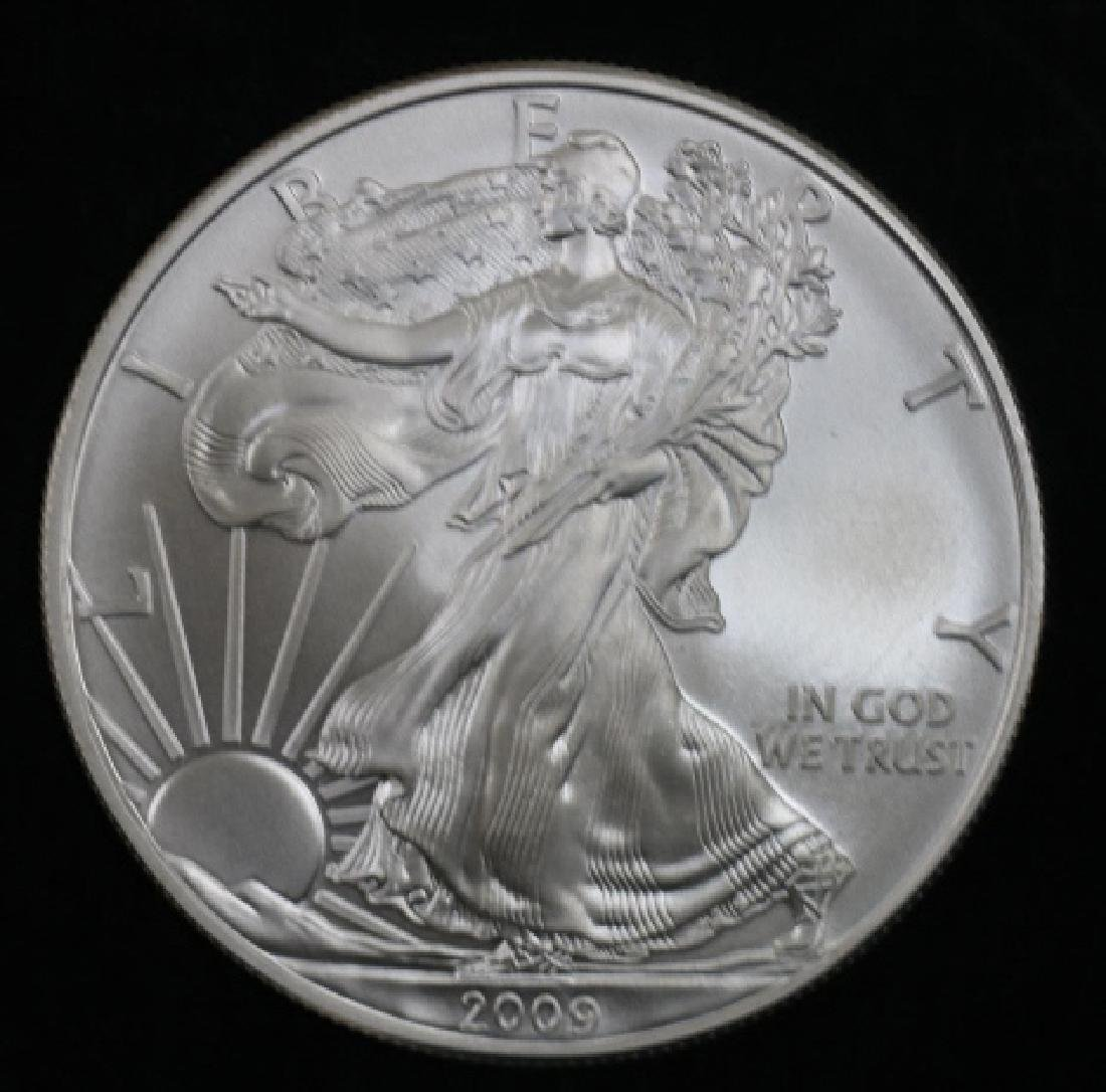 UNCIRCULATED PEACE SILVER DOLLAR - 2