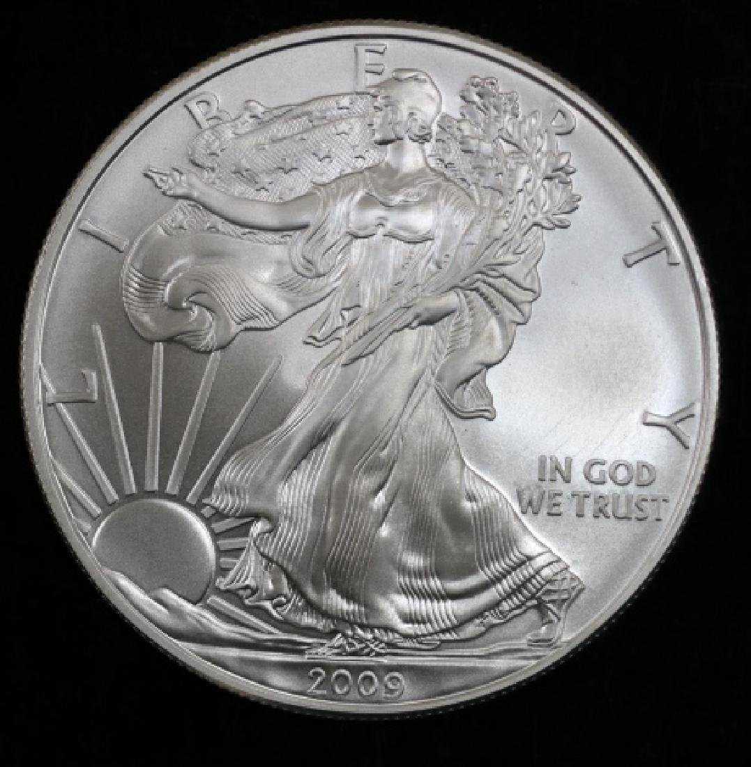 UNCIRCULATED PEACE SILVER DOLLAR - 8