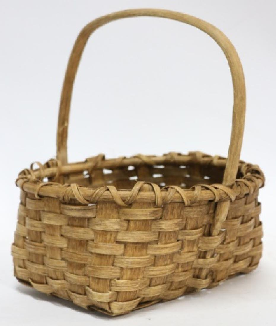 ANTIQUE SOUTHERN HAND MADE GATHERING BASKET