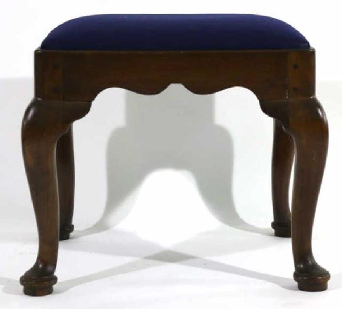 ANTIQUE HAND PEGGED QUEEN ANNE SEAT - 4