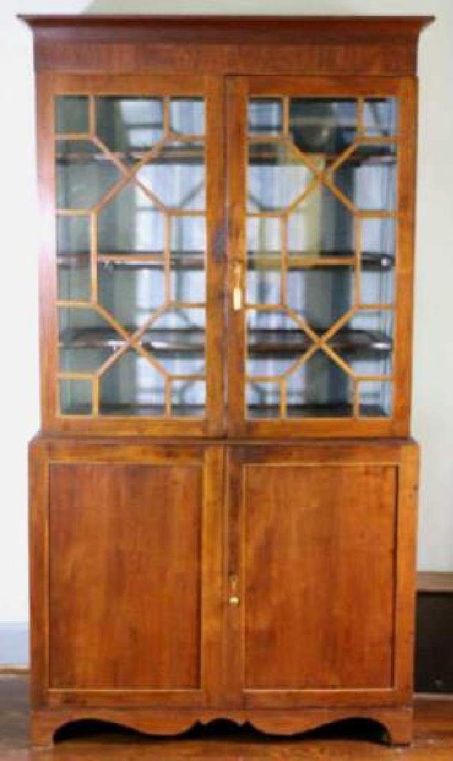 AMERICAN SOUTHERN ANTIQUE BOOKCASE - 4