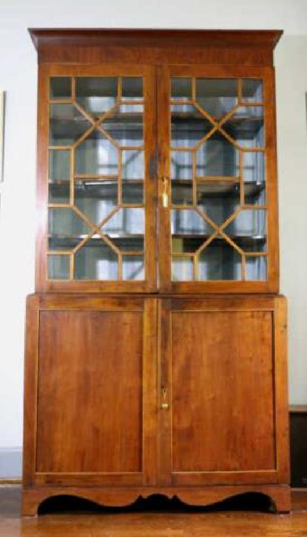 AMERICAN SOUTHERN ANTIQUE BOOKCASE - 5