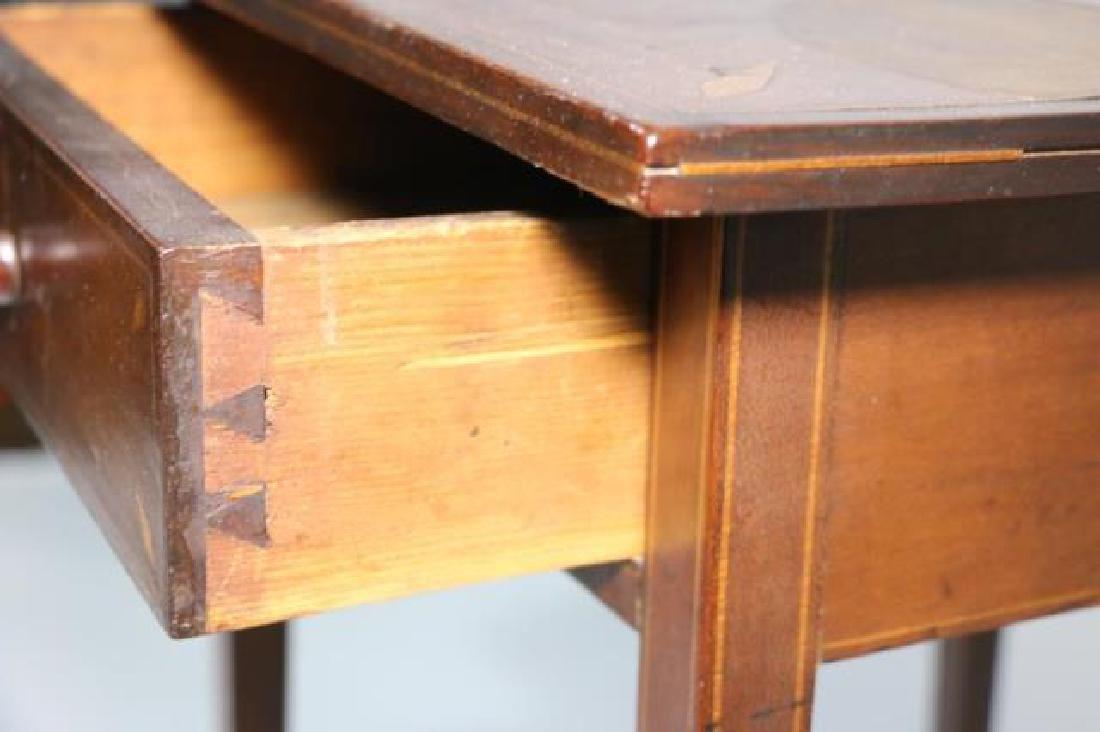 CHARLESTON HEPPLEWHITE SOUTHERN INLAID TABLE - 4