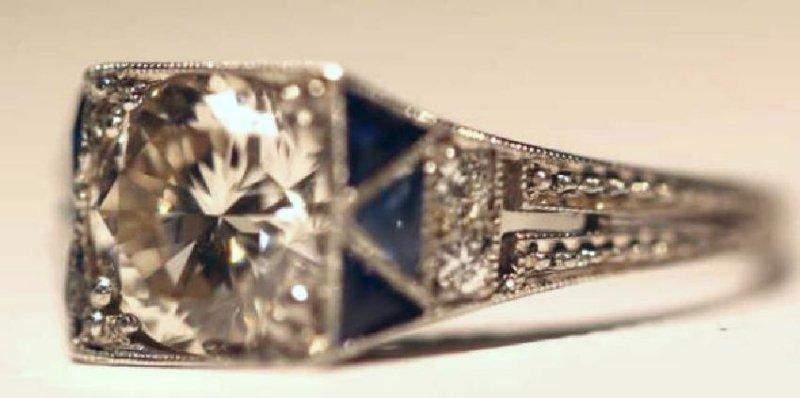 1.75 CARAT DIAMOND & SAPPHIRE18KWG ART DECO RING