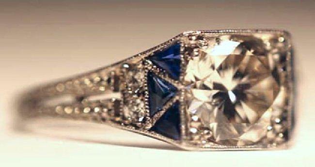 1.75 CARAT DIAMOND & SAPPHIRE18KWG ART DECO RING - 2
