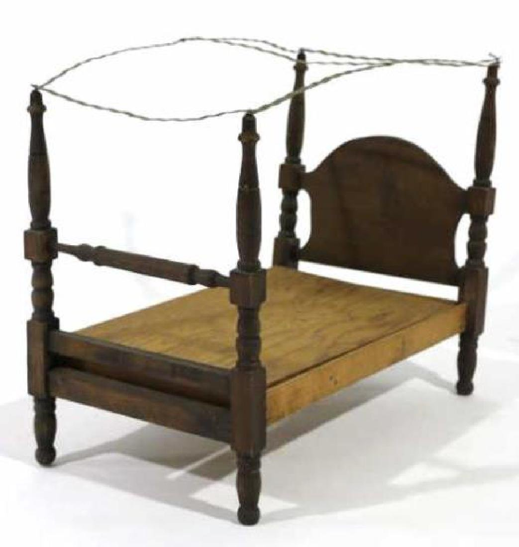 AMERCIAN ANTIQUE PRIMTIVE DOLL CANOPY POSTER BED - 3