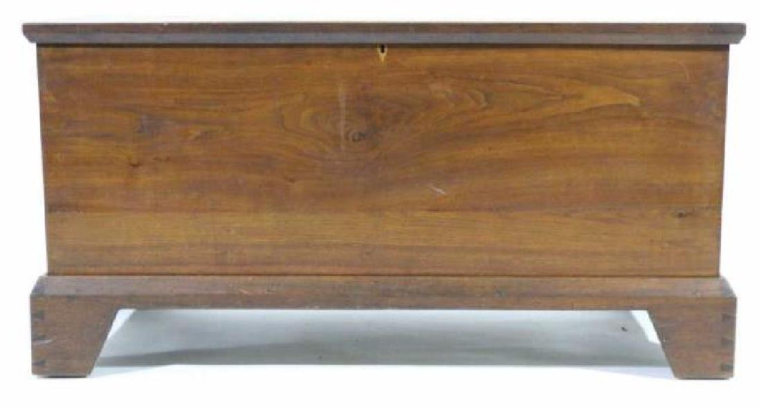 AMERICAN SOUTHERN ANTIQUE DOVETAILED BLANKET CHEST