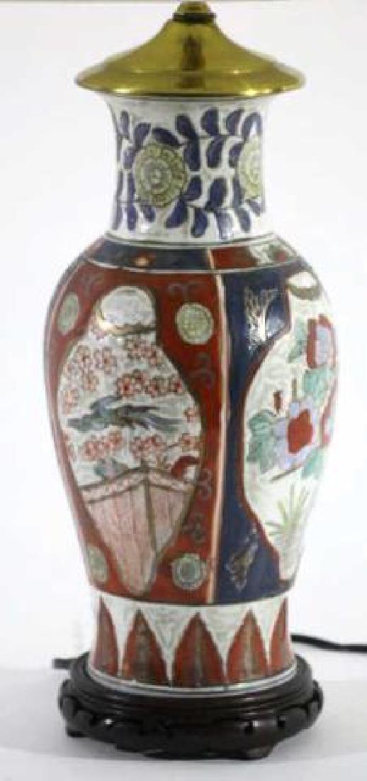 JAPANESE IMARI BALUSTER CUSTOM SHADED LAMP - 2