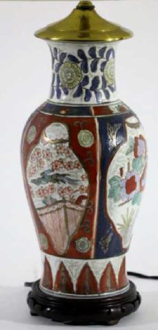 JAPANESE IMARI BALUSTER CUSTOM SHADED LAMP - 2