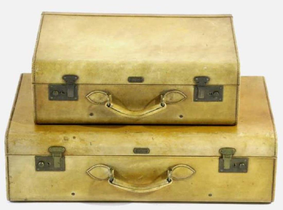 HARTMAN ANTIQUE LUGGAGE SET - 2