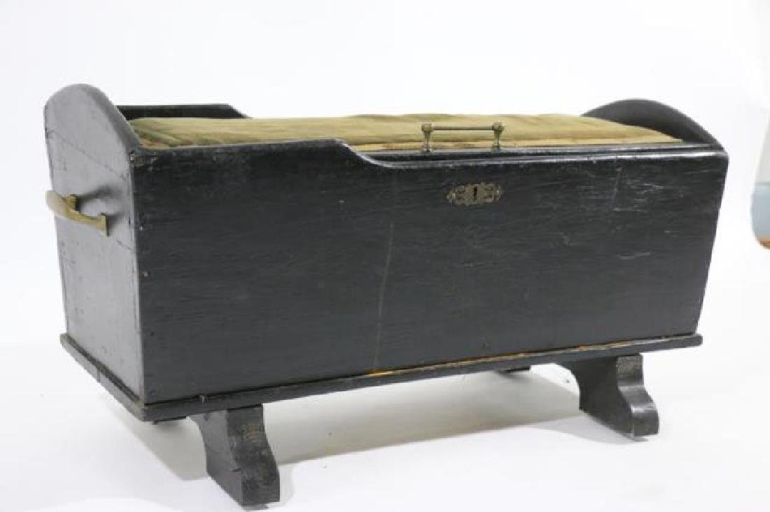 AMERCIAN ANTIQUE GRADUATED FOOTED TRUNK - 3