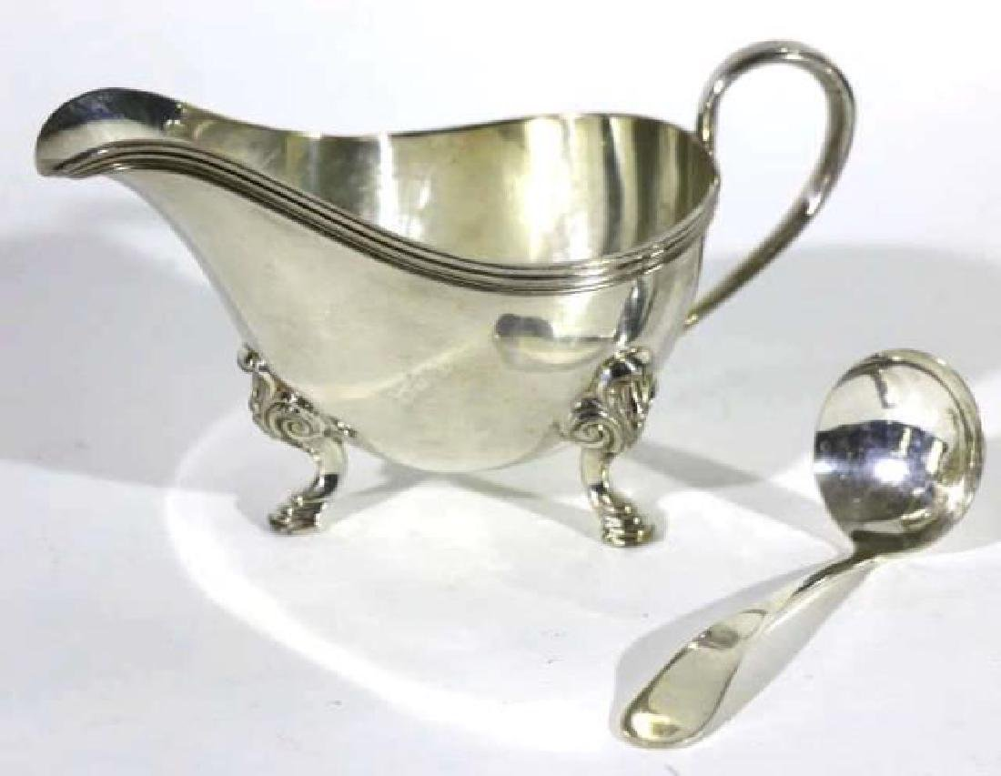 SILVER HOOF FOOTED GRAVY BOAT & LADEL