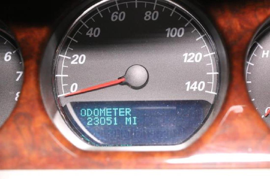 2007 BUICK LUCERNE CX SEDAN 23,000 ORIGINAL MILES - 3