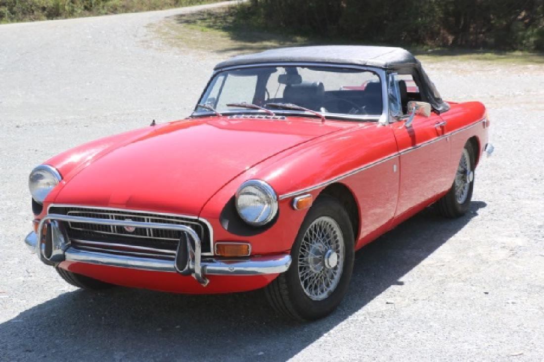 1972 MGB CLASSIC CONVERTIBLE ROADSTER - 3