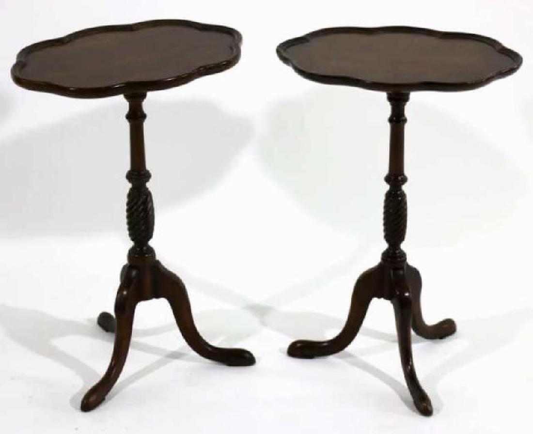ANTIQUE MAHOGANY PAD FOOT SCALLOPED TRIPOD TABLE - 2