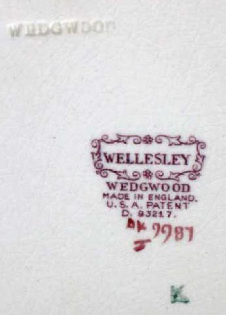 """WEDGWOOD """"WELLESLEY"""" FLORAL PORCELAIN CHARGER - 5"""