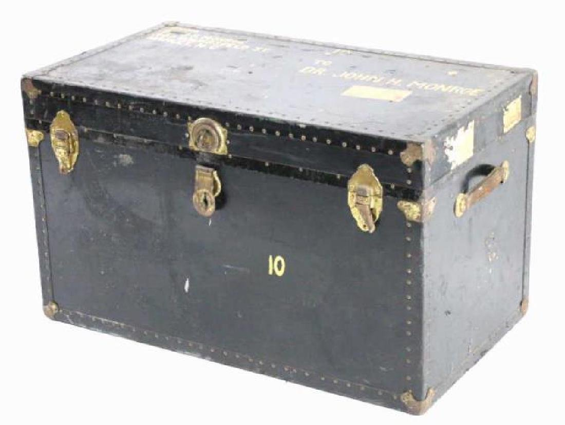 DR JOHN MONROE NAIL-TRIMMED LEATHER FOOTMANS TRUNK - 5