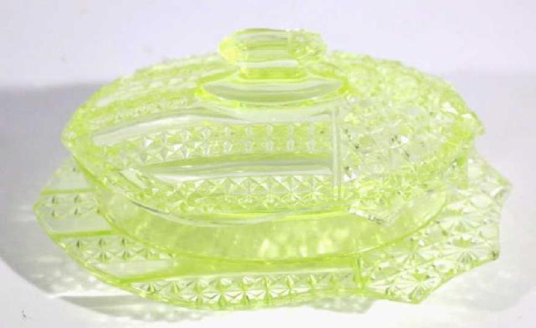 AMERCIAN ANTIQUE MOLDED GLASS SHIELD COVERED DISH