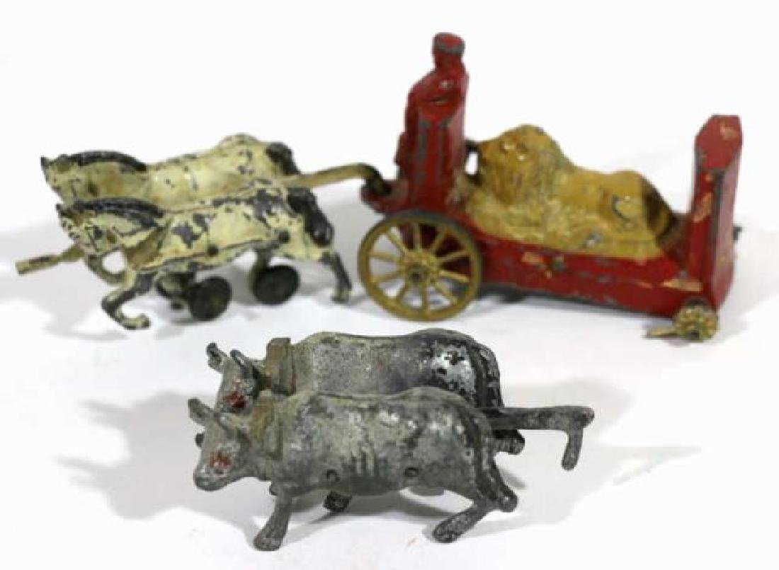 ANTIQUE LEAD TOY GROUPING