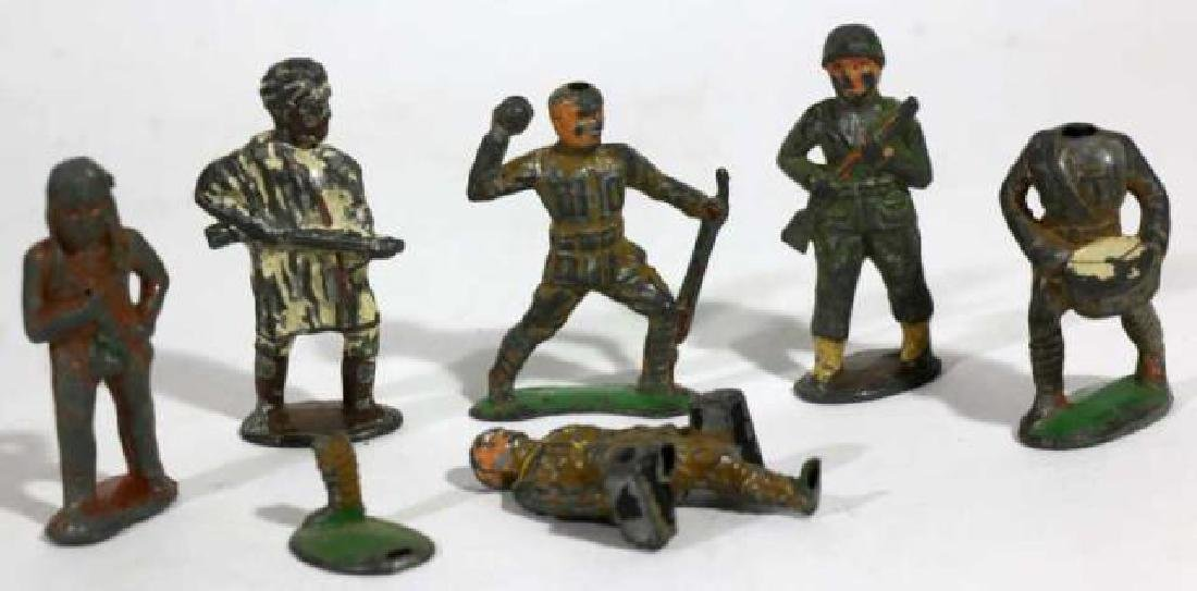 ANTIQUE LEAD SOLDIER TOY GROUPING - 4