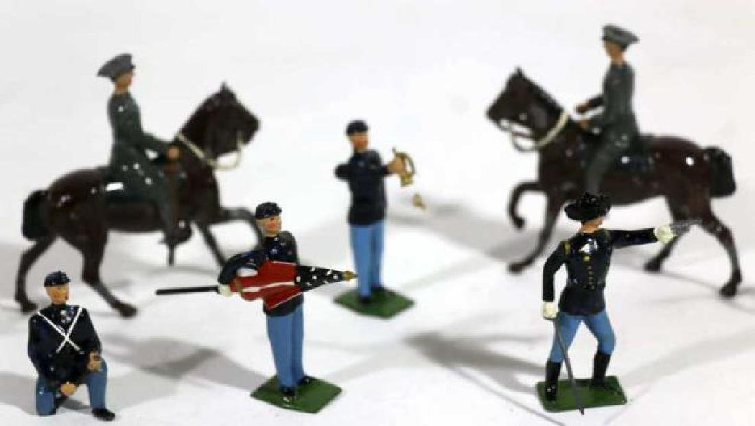 ANTIQUE LEAD TOY SOLDIER GROUPING - 3