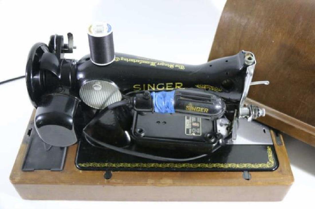 SINGER ANTIQUE CASED SEWING MACHINE - 2