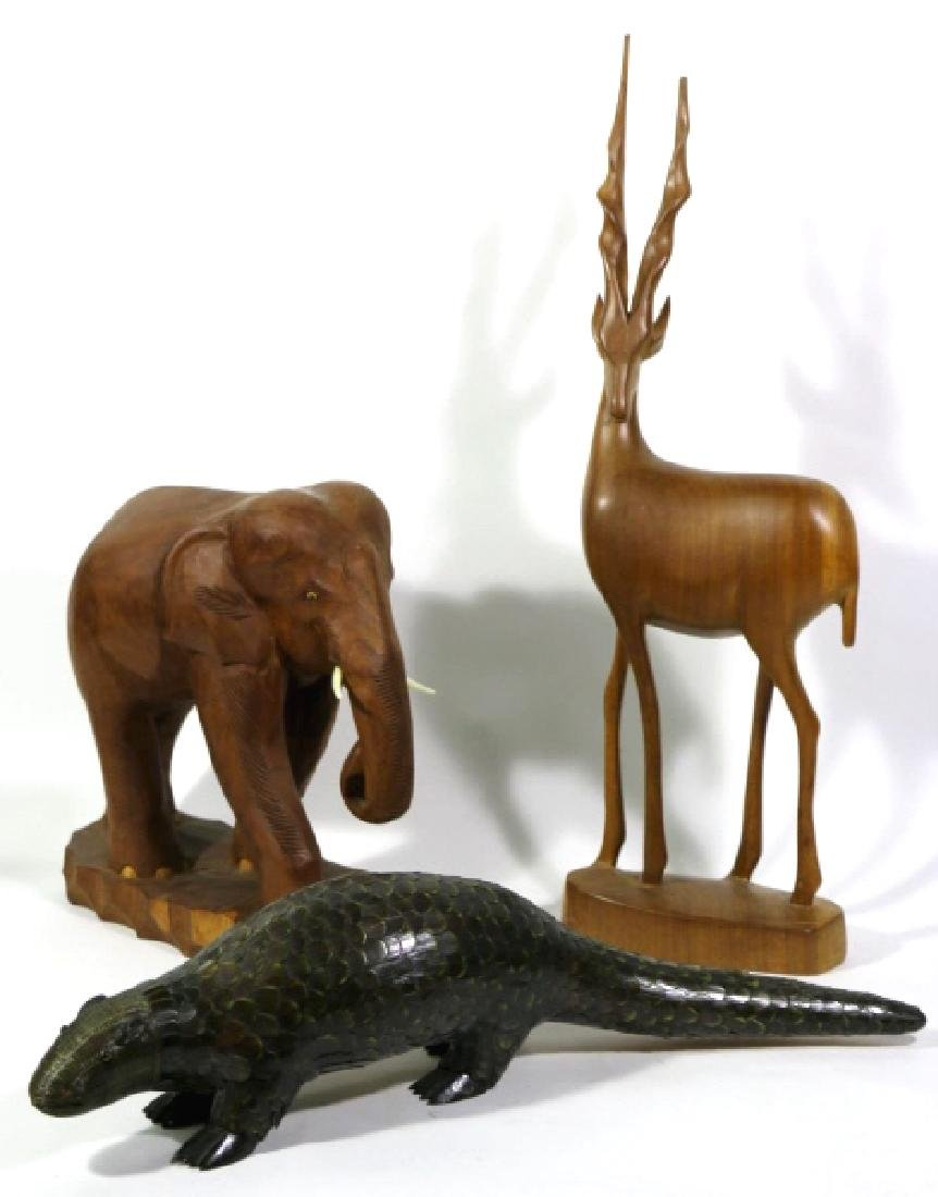 MIDCENTURY MODERN CARVED AFRICAN ANIMAL GROUPING