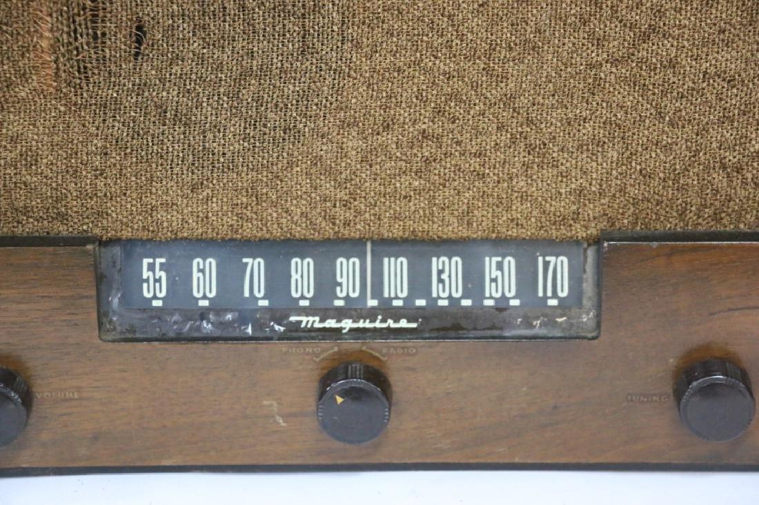 MAGUIRE ANTIQUE RADIO - 2