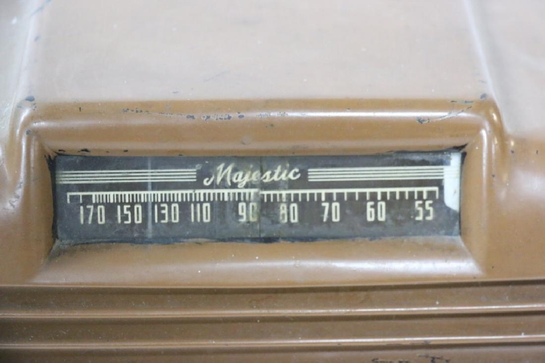 ANTIQUE RADIO - 3