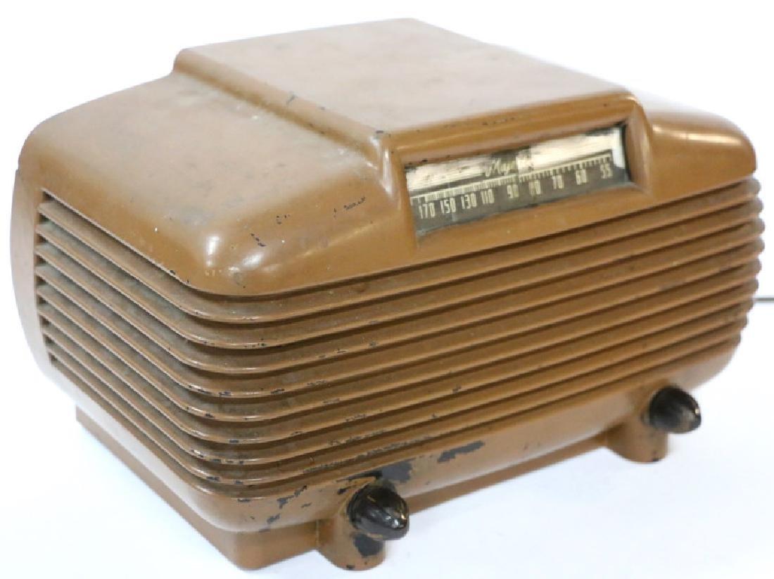 ANTIQUE RADIO - 4
