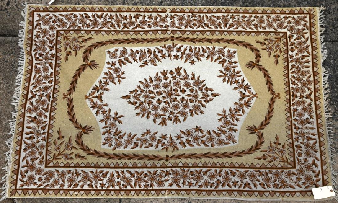 INDIAN CHAIN STITCH HAND WOVEN RUG