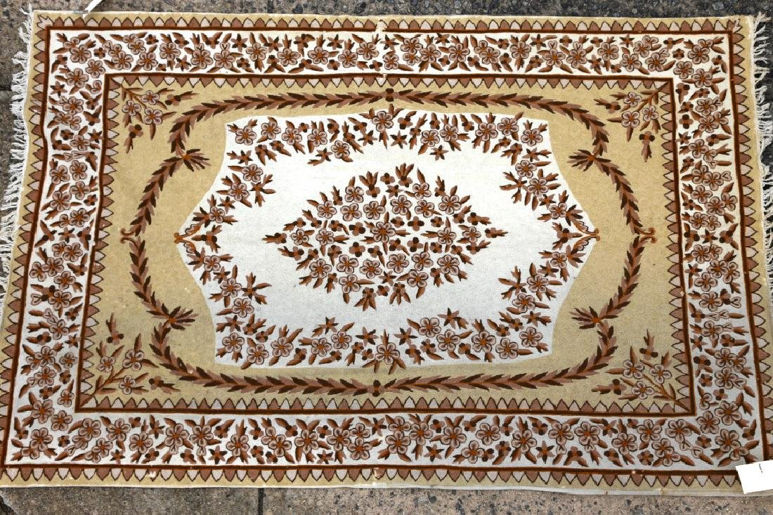 INDIAN CHAIN STITCH HAND WOVEN RUG - 4
