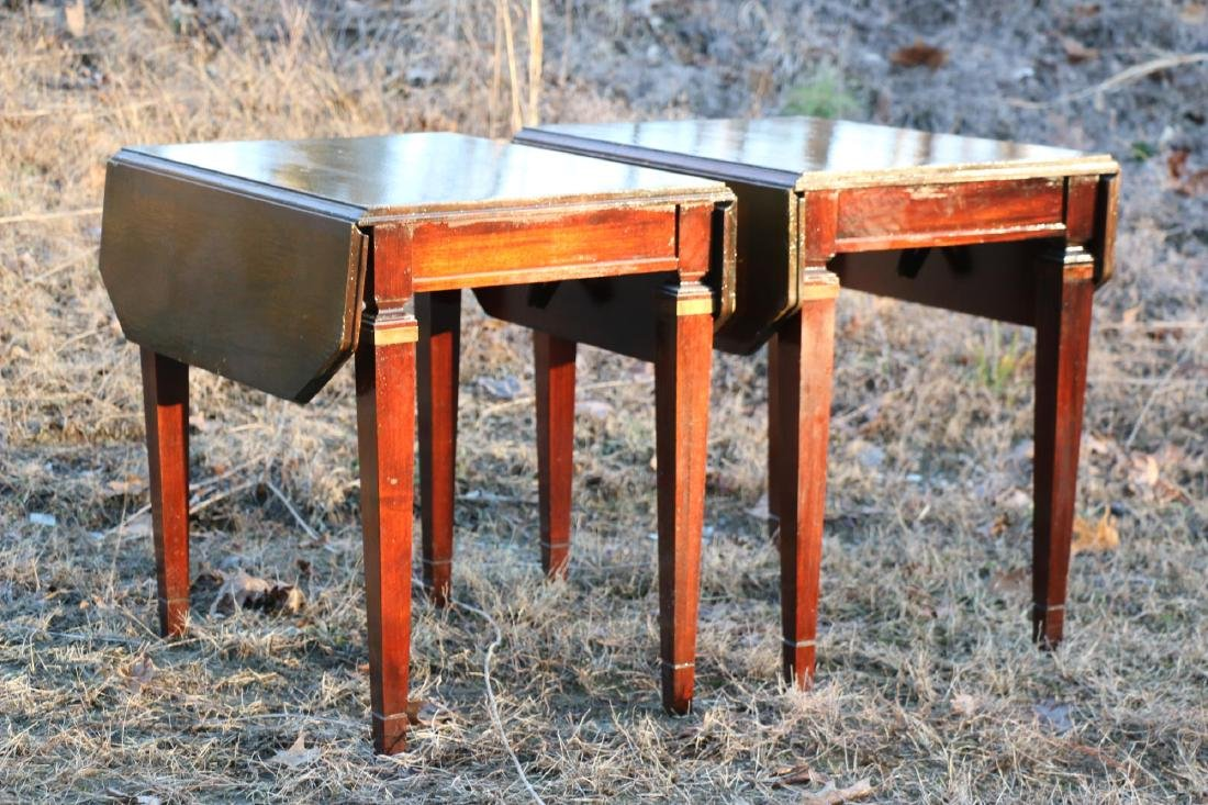 BRANDT VINTAGE MAHOGANY PEMBROKE DROPSIDE TABLES