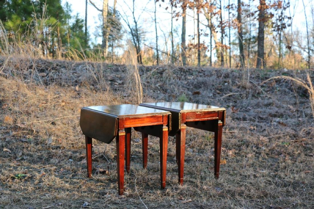 BRANDT VINTAGE MAHOGANY PEMBROKE DROPSIDE TABLES - 2