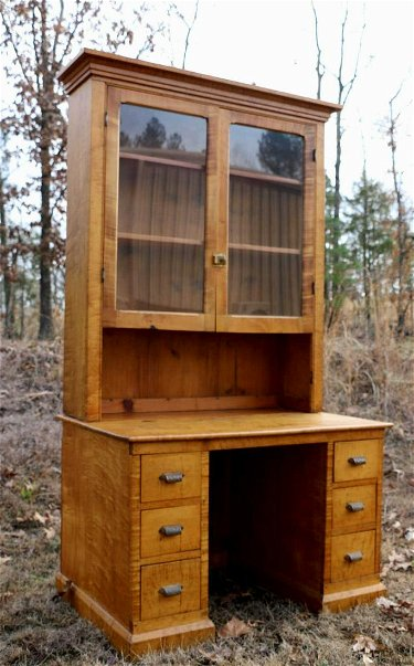 Surprising Southern Antique Tiger Maple Secretary Desk Interior Design Ideas Grebswwsoteloinfo